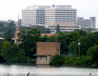TVA-towers-tennessee-river-tn1.jpg
